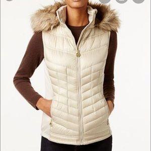 Michael Kors Faux-Fur-Trim Hooded Down Puffer Vest